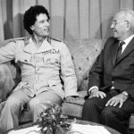 Generální tajemník ÚV KSČ, prezident ČSSR Gustáv Husák (vpravo) a vůdce libyjské revoluce plukovník Muammar Kaddáfí při přátelském setkání, které se uskutečnilo 8. září na Pražském hradě.